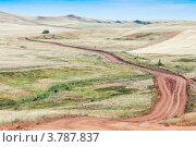 Купить «Полевая дорога в степи», фото № 3787837, снято 21 июля 2012 г. (c) Вадим Орлов / Фотобанк Лори