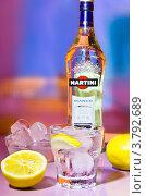Алкогольный напиток (2012 год). Редакционное фото, фотограф Екатерина Романова / Фотобанк Лори