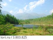 Озеро на первой стоянке по пути на Шумакские источники. Стоковое фото, фотограф Евгений Скачков / Фотобанк Лори