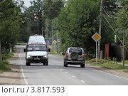 Купить «Балашиха, маршрутное такси», эксклюзивное фото № 3817593, снято 12 августа 2011 г. (c) Дмитрий Неумоин / Фотобанк Лори