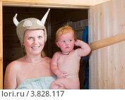 Купить «Мама с дочкой в бане», эксклюзивное фото № 3828117, снято 8 сентября 2012 г. (c) Александр Щепин / Фотобанк Лори