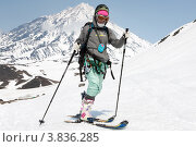 Купить «Ски-альпинизм. Камчатка, Корякский вулкан», фото № 3836285, снято 21 апреля 2012 г. (c) А. А. Пирагис / Фотобанк Лори