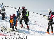 Купить «Ски-альпинизм. Камчатка», фото № 3836321, снято 21 апреля 2012 г. (c) А. А. Пирагис / Фотобанк Лори