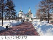 Купить «Иркутск, Знаменский монастырь», фото № 3843973, снято 17 февраля 2012 г. (c) Игорь Долгов / Фотобанк Лори