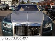 Купить «Автомобиль Rolls-Royce», эксклюзивное фото № 3856497, снято 17 сентября 2012 г. (c) Яна Королёва / Фотобанк Лори