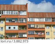 Купить «Суздальская улица дом № 8к3. Новокосино. Москва», эксклюзивное фото № 3882973, снято 4 сентября 2012 г. (c) lana1501 / Фотобанк Лори