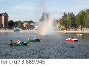 Зеленодольск, Республика Татарстан, городское озеро (2011 год). Редакционное фото, фотограф Александр Журавлев / Фотобанк Лори