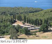 Купить «Вид сверху на город Версар и Адриатическое море. Хорватия. Европа», эксклюзивное фото № 3910477, снято 24 января 2019 г. (c) lana1501 / Фотобанк Лори