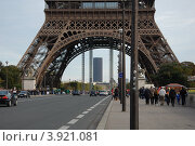 Купить «Эйфелева башня. Париж, Франция», фото № 3921081, снято 7 октября 2012 г. (c) Светлана Колобова / Фотобанк Лори