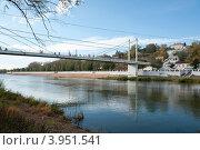 Купить «Река Урал в городе Оренбурге», фото № 3951541, снято 7 октября 2012 г. (c) Александр Овчинников / Фотобанк Лори