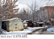 Купить «Частные гаражи. Зима», фото № 3979685, снято 28 октября 2012 г. (c) Голованов Сергей / Фотобанк Лори
