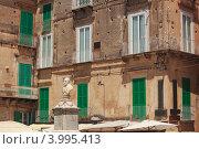 Купить «Монумент Паскуале Галуппи в Тропее», фото № 3995413, снято 19 июля 2012 г. (c) Наталия Македа / Фотобанк Лори