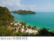 Купить «Пляж на тропическом острове. Таиланд», фото № 4009913, снято 16 августа 2018 г. (c) Александр Чернышёв / Фотобанк Лори