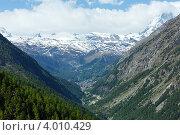 Купить «Вид на пик Маттерхорн, Альпы», фото № 4010429, снято 7 июня 2012 г. (c) Юрий Брыкайло / Фотобанк Лори
