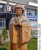 Деревянная фигура японской женщины. Редакционное фото, фотограф kraser / Фотобанк Лори