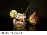 Коктейль. Стоковое фото, фотограф Лукманов Виталий / Фотобанк Лори