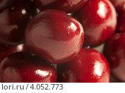 Купить «Фон из спелой вишни», эксклюзивное фото № 4052773, снято 14 июля 2012 г. (c) Литвяк Игорь / Фотобанк Лори