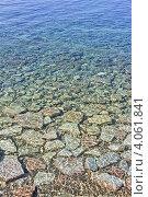 Купить «Черное море. Прибрежные камни в прозрачной воде», фото № 4061841, снято 7 сентября 2012 г. (c) Владимир Сергеев / Фотобанк Лори