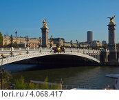 Мост в Париже. Стоковое фото, фотограф Алексей Полумордвинов / Фотобанк Лори