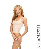 Купить «Стройная светловолосая девушка в бежевом нижнем белье», фото № 4077181, снято 15 сентября 2012 г. (c) Syda Productions / Фотобанк Лори