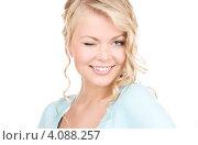 Купить «Портрет молодой очаровательной блондинки крупным планом», фото № 4088257, снято 26 сентября 2009 г. (c) Syda Productions / Фотобанк Лори