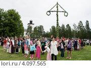 """Купить «Праздник """"середина лета"""" в Швеции», эксклюзивное фото № 4097565, снято 26 июня 2011 г. (c) Tamara Sushko / Фотобанк Лори"""