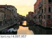 Венеция утром (2012 год). Редакционное фото, фотограф Василий Шульга / Фотобанк Лори