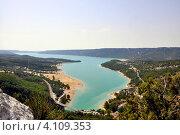 Франция, Прованс, озеро Сент-Круа (Lac de Saint-Croix) (2012 год). Стоковое фото, фотограф Tatiana Dubova / Фотобанк Лори