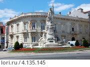 Купить «Монумент павшим во время Первой мировой войны на Авенида да Либердаде  (Проспект Свободы). Лиссабон, Португалия», фото № 4135145, снято 6 июля 2011 г. (c) Светлана Колобова / Фотобанк Лори