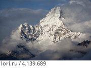 Вершина Ама-Даблам, Непал (2011 год). Стоковое фото, фотограф Антон Соколов / Фотобанк Лори