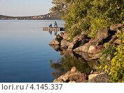 Купить «Скалистый берег. Озеро Банное», фото № 4145337, снято 21 июня 2011 г. (c) Сергей Конаков / Фотобанк Лори