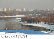 Купить «Вид из Коломенского парка на Москву», эксклюзивное фото № 4151781, снято 1 марта 2011 г. (c) lana1501 / Фотобанк Лори