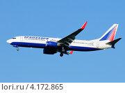 Купить «Boeing 737 (бортовой EI-EDZ) авиакомпании Трансаэро на посадке в Домодедово», эксклюзивное фото № 4172865, снято 20 июля 2011 г. (c) Alexei Tavix / Фотобанк Лори
