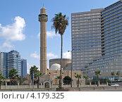 Купить «Израиль. Мечеть Хасан-бей в Тель-Авиве», фото № 4179325, снято 5 октября 2012 г. (c) Ирина Борсученко / Фотобанк Лори
