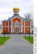 Купить «Валдайский Иверский мужской монастырь, Валдай, Россия», фото № 4186221, снято 25 августа 2012 г. (c) Ласточкин Евгений / Фотобанк Лори