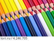 Набор цветных карандашей. Стоковое фото, фотограф Валерия Зарубицкая / Фотобанк Лори