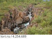 Купить «Каньон на плато Путорана», фото № 4254689, снято 29 июля 2011 г. (c) Сергей Дрозд / Фотобанк Лори