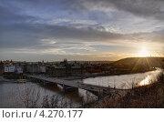 Закат в Праге. Чехов мост. (2013 год). Редакционное фото, фотограф Алексей Меньшиков / Фотобанк Лори