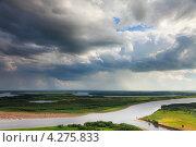 Купить «Дождь над рекой», фото № 4275833, снято 14 июля 2012 г. (c) Владимир Мельников / Фотобанк Лори