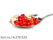 Купить «Разноцветные капсулы с витаминами», фото № 4279533, снято 10 февраля 2013 г. (c) Марина Сапрунова / Фотобанк Лори