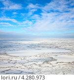 Купить «Вид сверху на тундру зимой», фото № 4280973, снято 15 февраля 2012 г. (c) Владимир Мельников / Фотобанк Лори