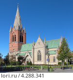 Церковь Святого Николая в Эребру, Швеция (2012 год). Стоковое фото, фотограф Михаил Марковский / Фотобанк Лори