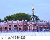 Йошкар-Ола, комплекс Кремля (2012 год). Стоковое фото, фотограф Виктор Бартенев / Фотобанк Лори