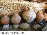 Древнегреческие амфоры (г.Херсонес, Крым) (2010 год). Стоковое фото, фотограф Елена Ильина / Фотобанк Лори