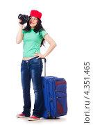 Купить «Девушка с туристическим чемоданом и фотоаппаратом», фото № 4351465, снято 25 мая 2012 г. (c) Elnur / Фотобанк Лори
