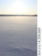 Снежный фон и солнце. Стоковое фото, фотограф Алексей Макшаков / Фотобанк Лори