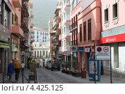 Купить «Улицы Икод де ла Винос», фото № 4425125, снято 5 февраля 2013 г. (c) Щелкотунова Любовь / Фотобанк Лори