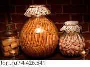 Купить «Пастила ручной работы в музее пастилы, Коломна», фото № 4426541, снято 10 января 2013 г. (c) katalinks / Фотобанк Лори