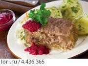 Купить «Холодец - традиционная русская закуска», эксклюзивное фото № 4436365, снято 15 января 2013 г. (c) Александр Курлович / Фотобанк Лори