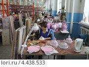 Купить «Гжельский фарфоровый завод», эксклюзивное фото № 4438533, снято 15 марта 2013 г. (c) Дмитрий Нейман / Фотобанк Лори